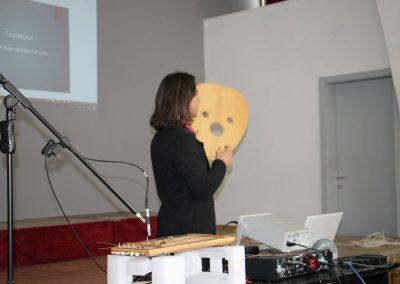Emir-Degirmenli-The-Physics-of-Musical-Instruments-Workshop-METU-Classical-Turkish-Music-Days (5)